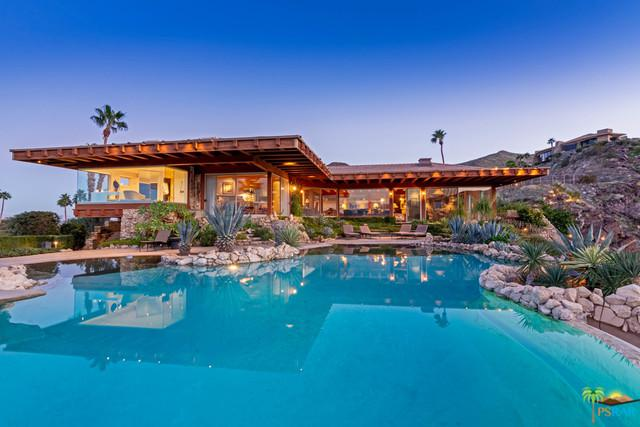 2379 Southridge Drive, Palm Springs