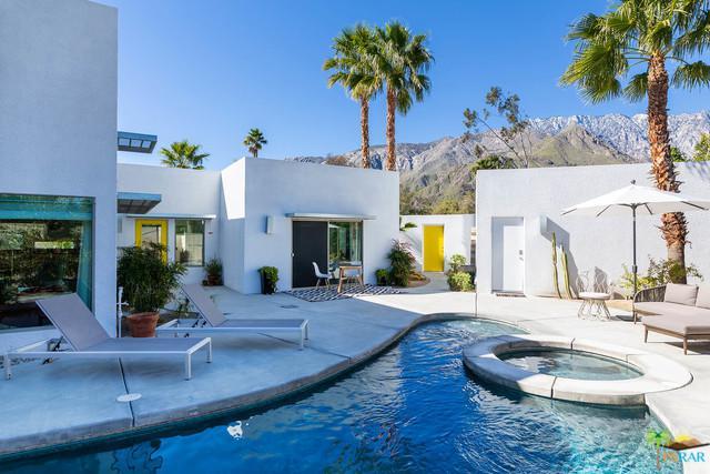 2470 Cardillo Avenue N, Palm Springs