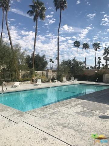 355 Mariscal Road W, Palm Springs