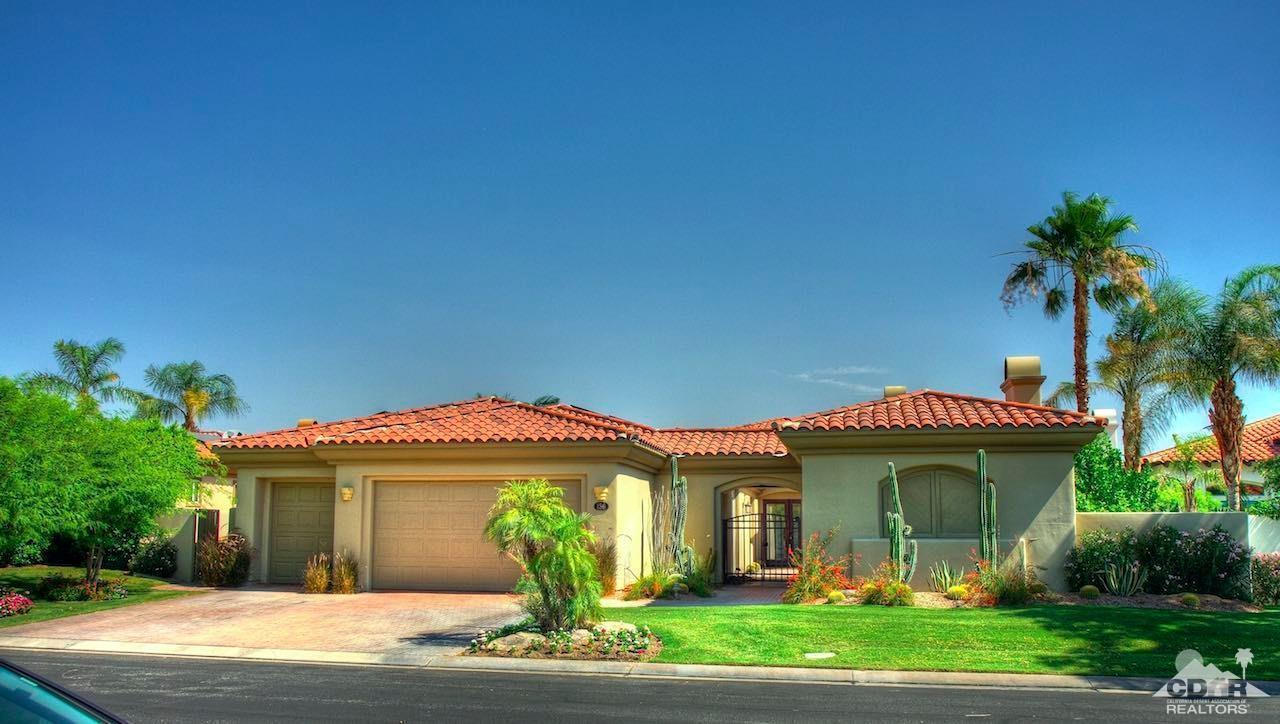 156 Loch Lomond Road, Rancho Mirage