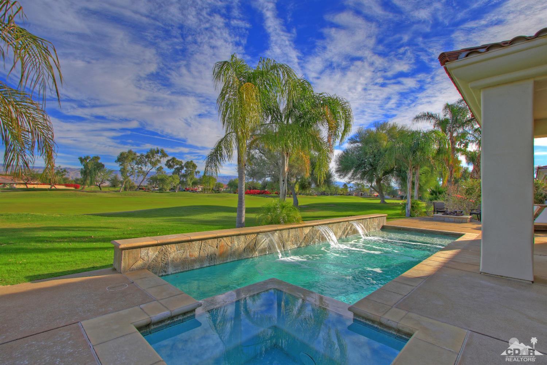 241 Loch Lomond Road, Rancho Mirage