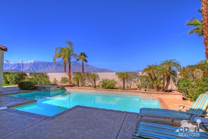 329 Loch Lomond Road, Rancho Mirage