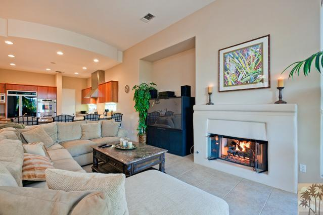 276 Loch Lomond Road, Rancho Mirage