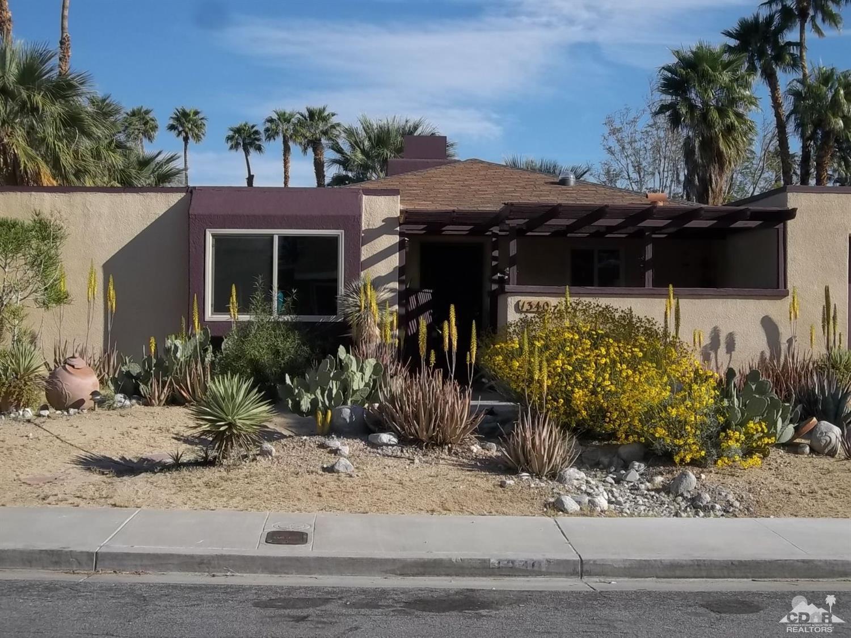 1340 Adobe Way East, Palm Springs