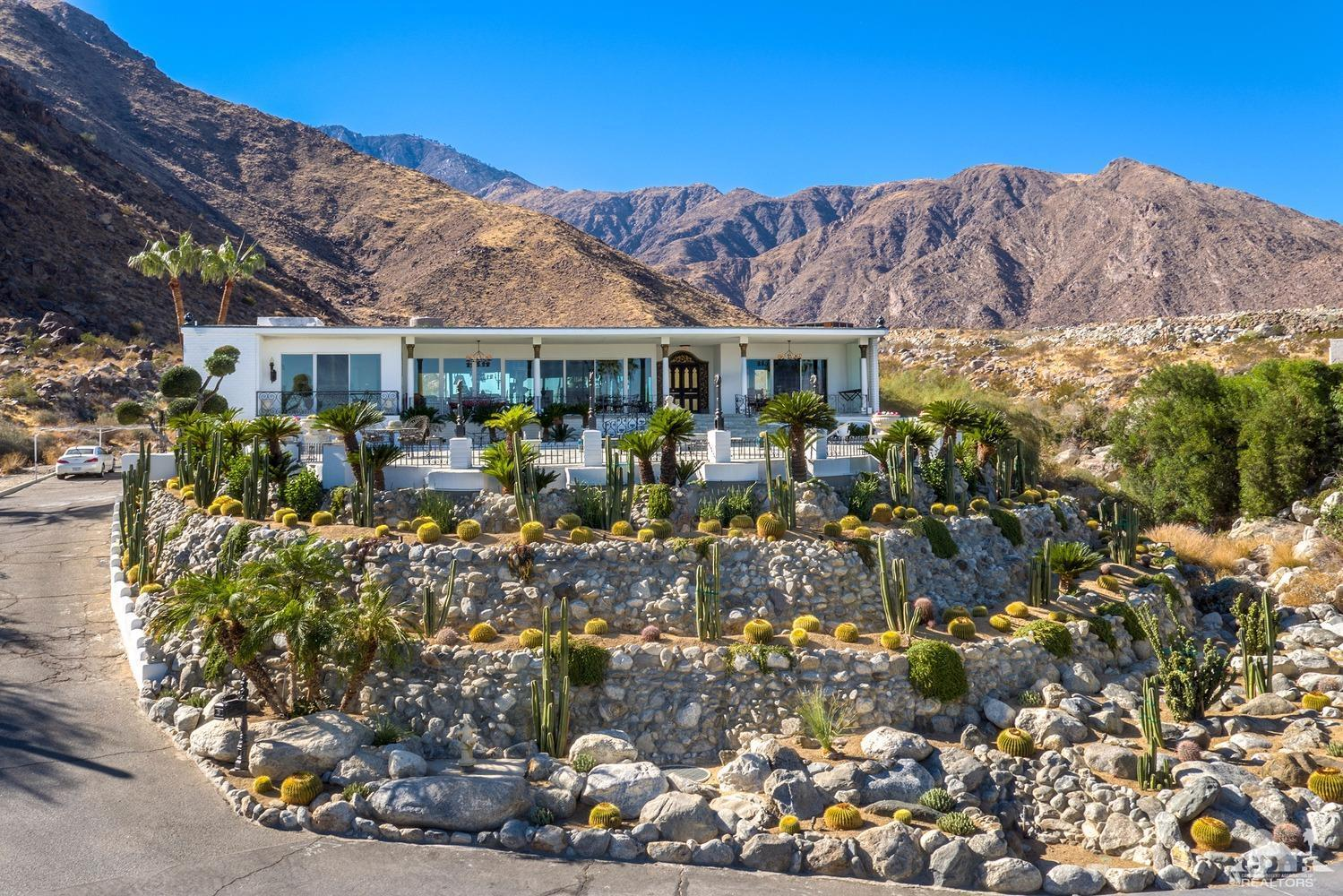 1090 Cielo Drive West, Palm Springs