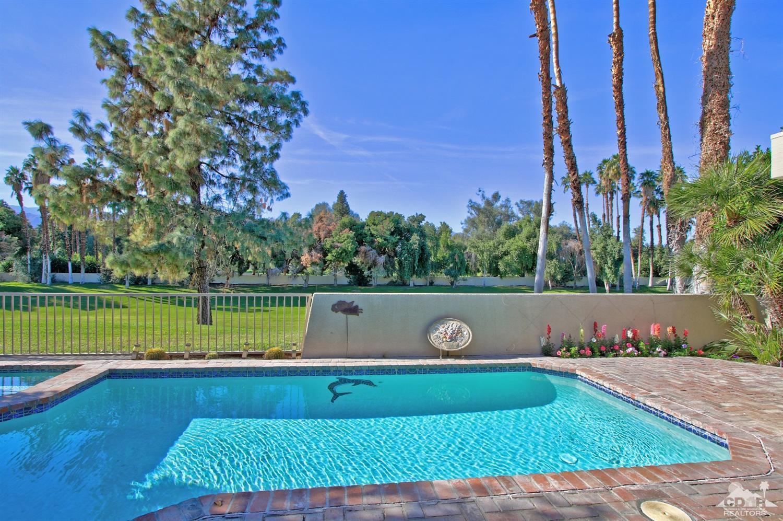 25 Kavenish Drive, Rancho Mirage