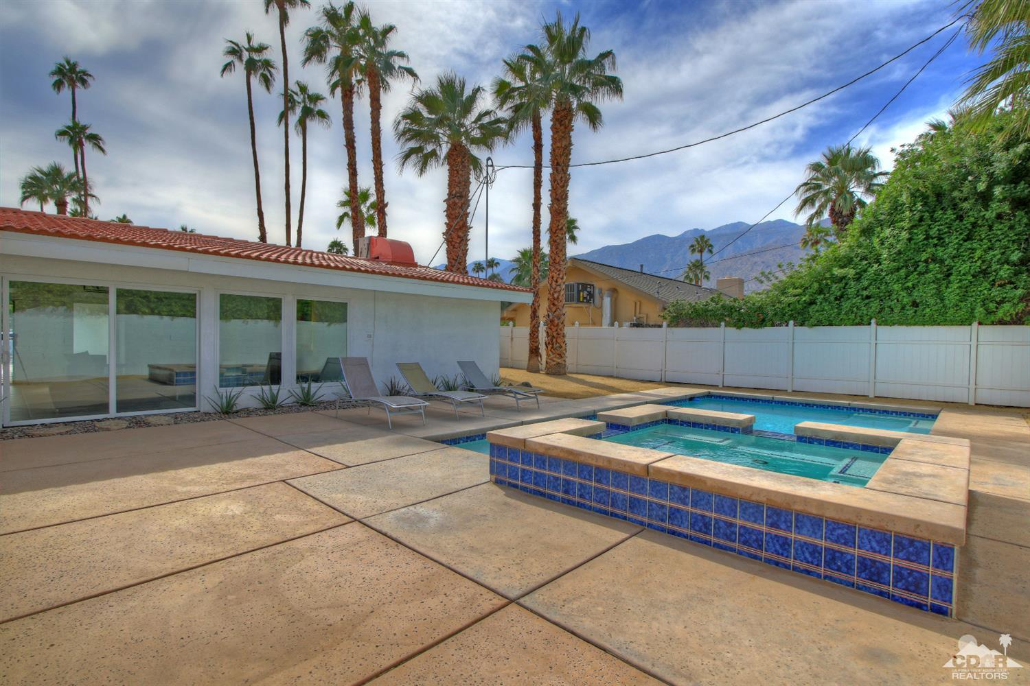 1988 Avery Drive East, Palm Springs