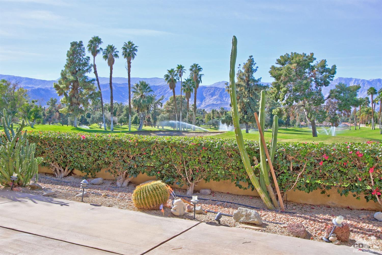94 Kavenish  East, Rancho Mirage