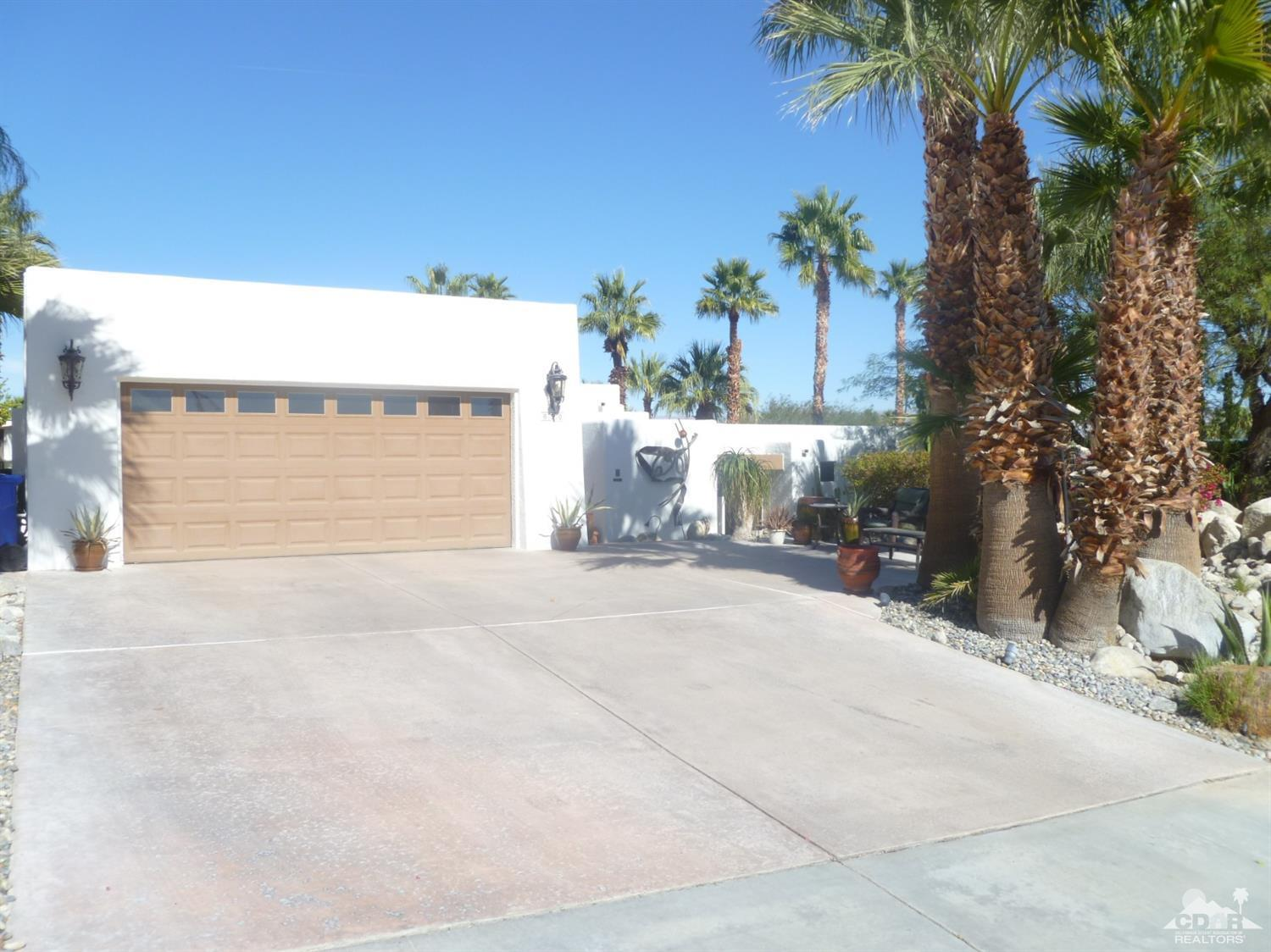690 Racquet Club Road West, Palm Springs