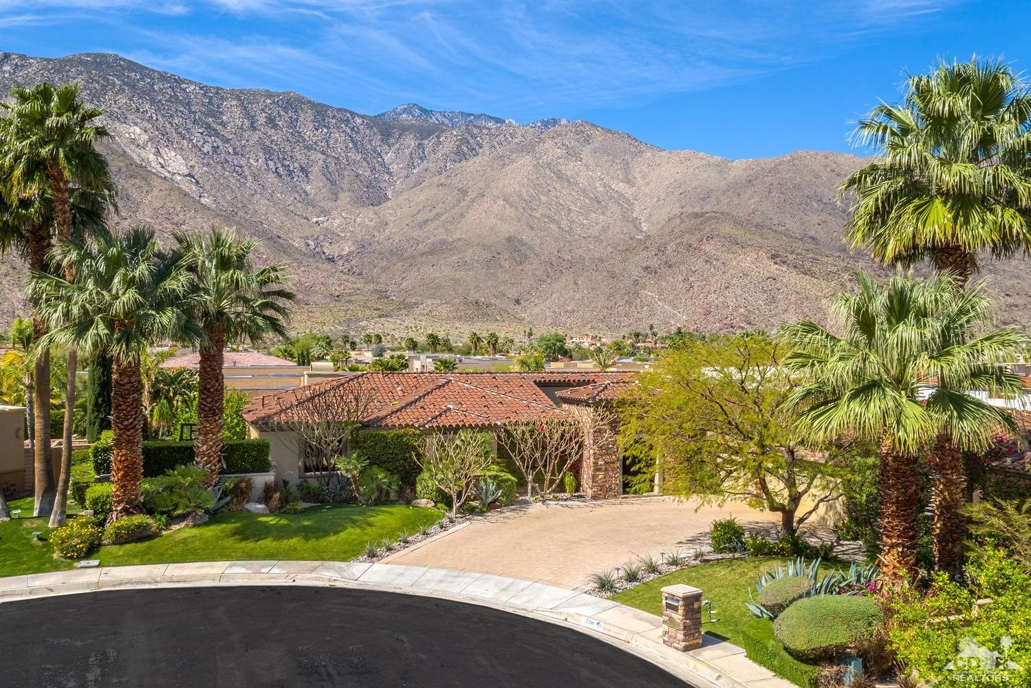 720 Azalea Circle, Palm Springs