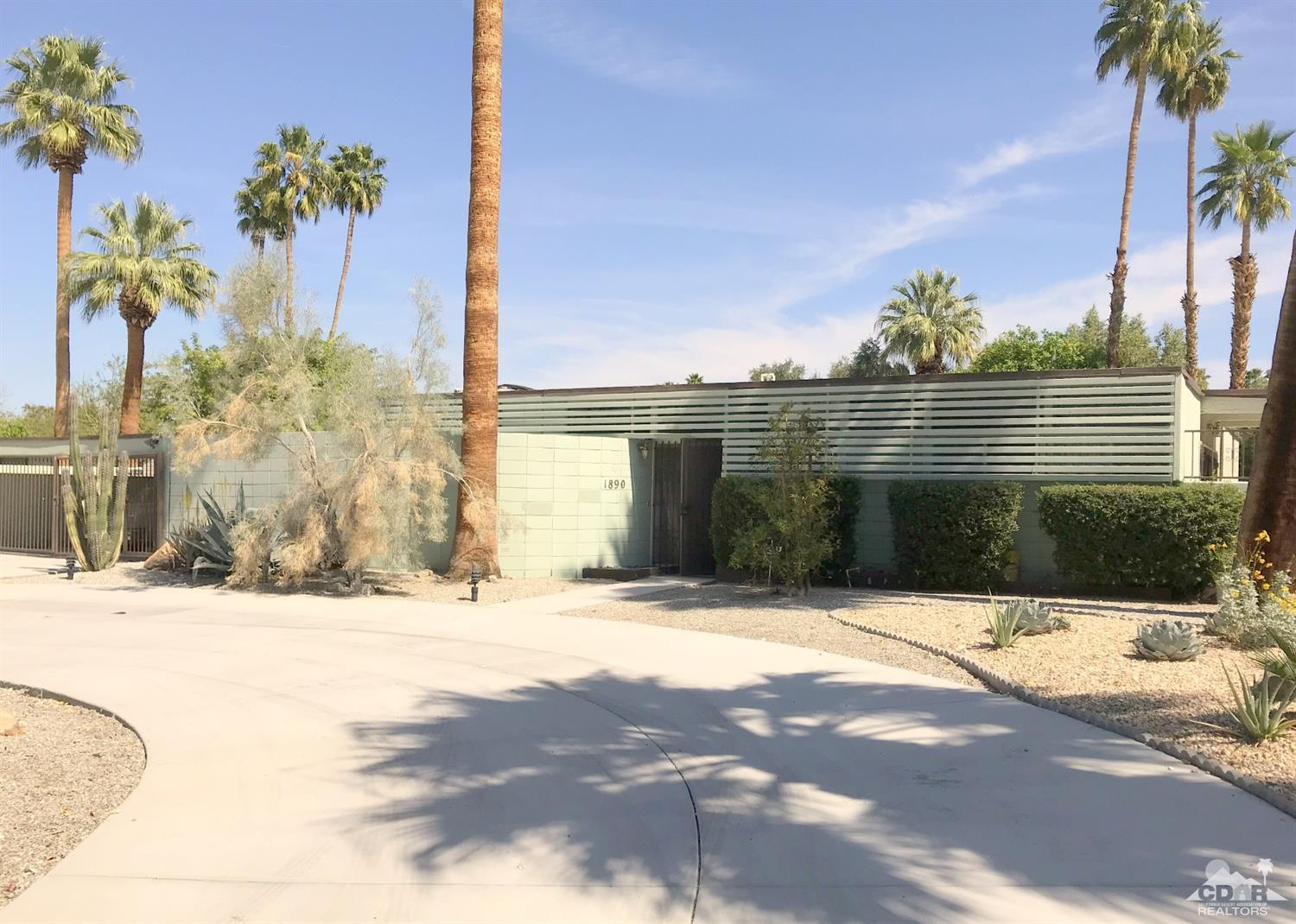1890 Caliente Road South, Palm Springs