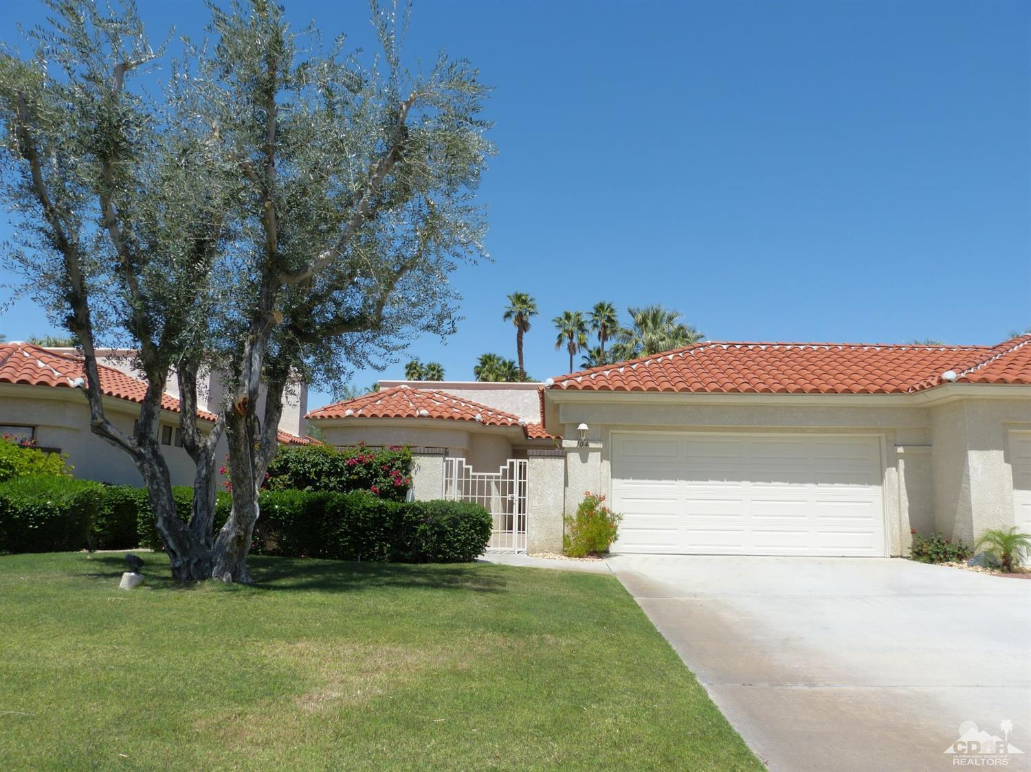 104 Celano Circle, Palm Desert