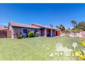2285 Acacia Road, Palm Springs