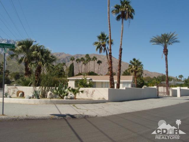 2107 Vista Grande Avenue North, Palm Springs