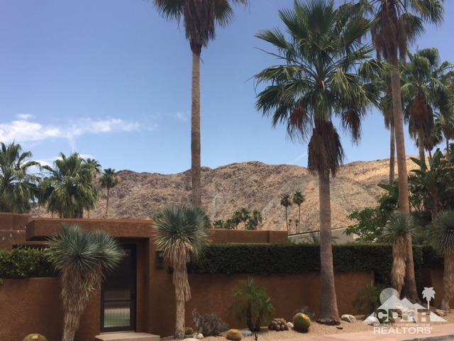 2456 Caliente Drive South, Palm Springs
