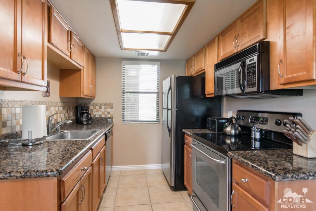 43376 Cook Street  20, Palm Desert