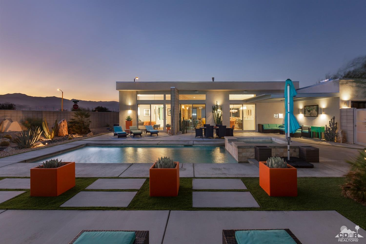 1030 Azure Court, Palm Springs