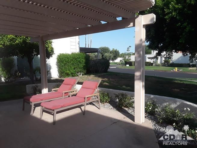 5911 Paradise Plaza, Palm Springs