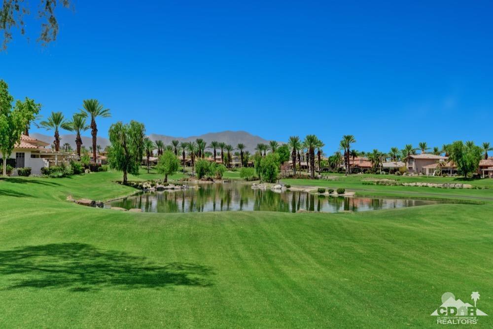 810 Deer Haven Circle, Palm Desert