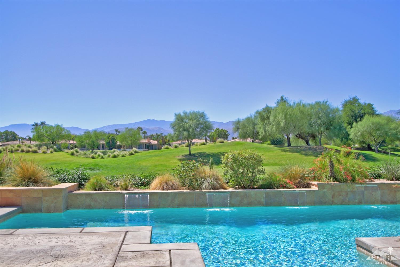 105 Royal Saint Georges Way, Rancho Mirage