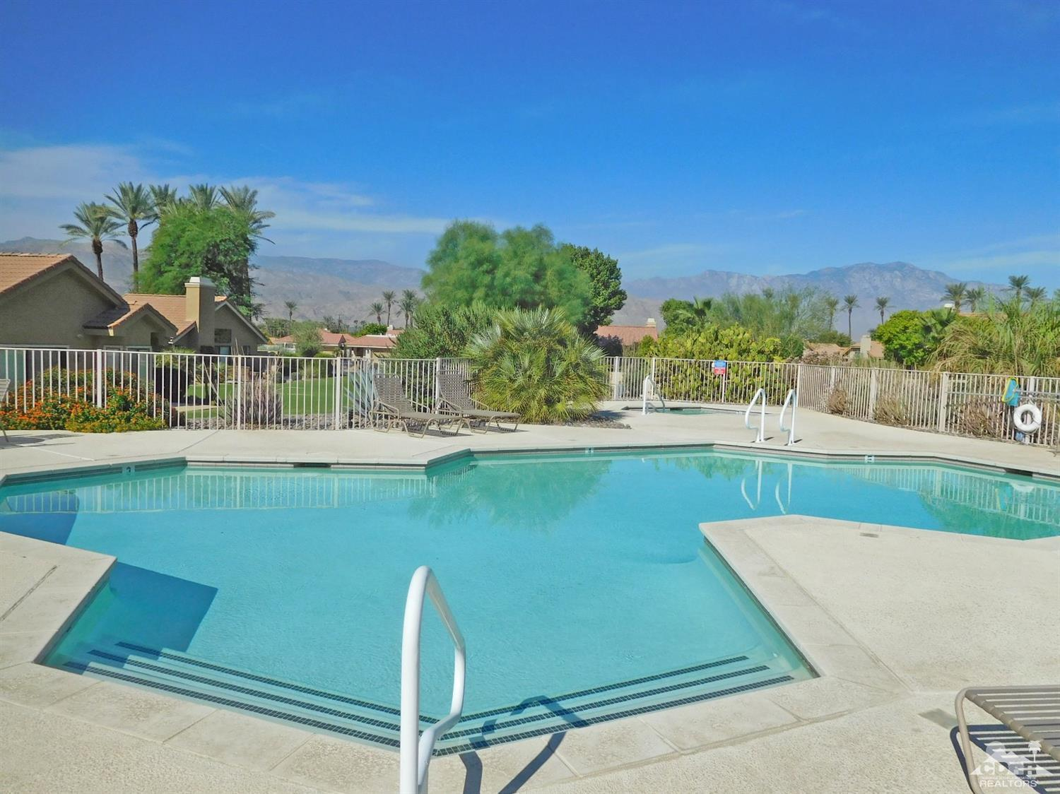 51 Verde Way, Palm Desert