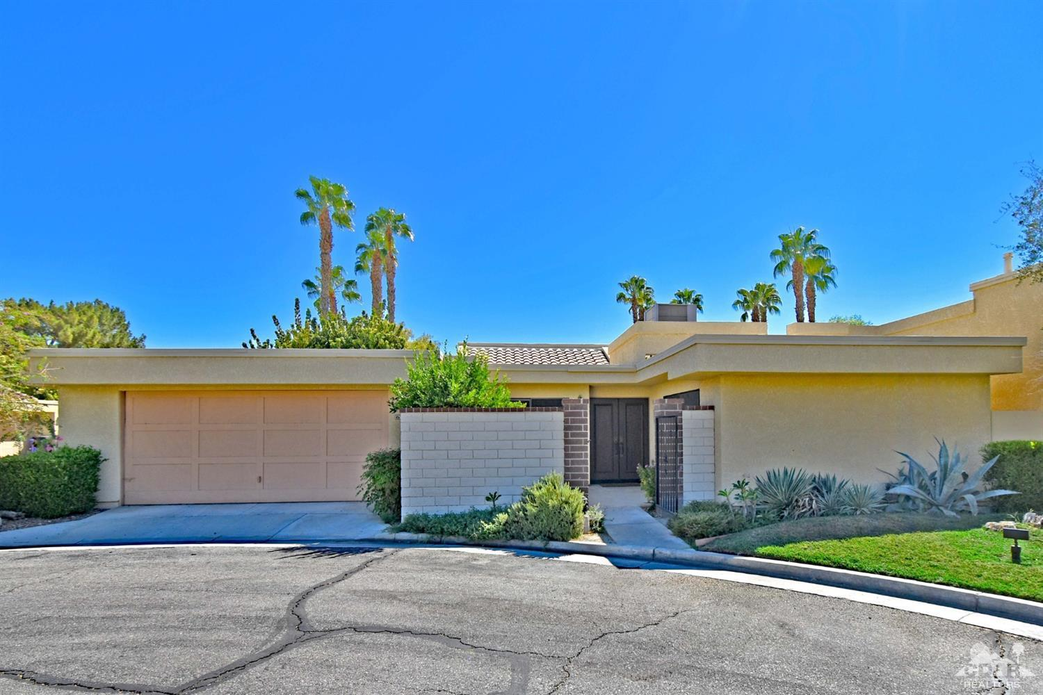 6735 Harwood Circle, Palm Springs
