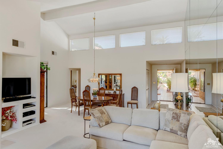218 Serena Drive, Palm Desert