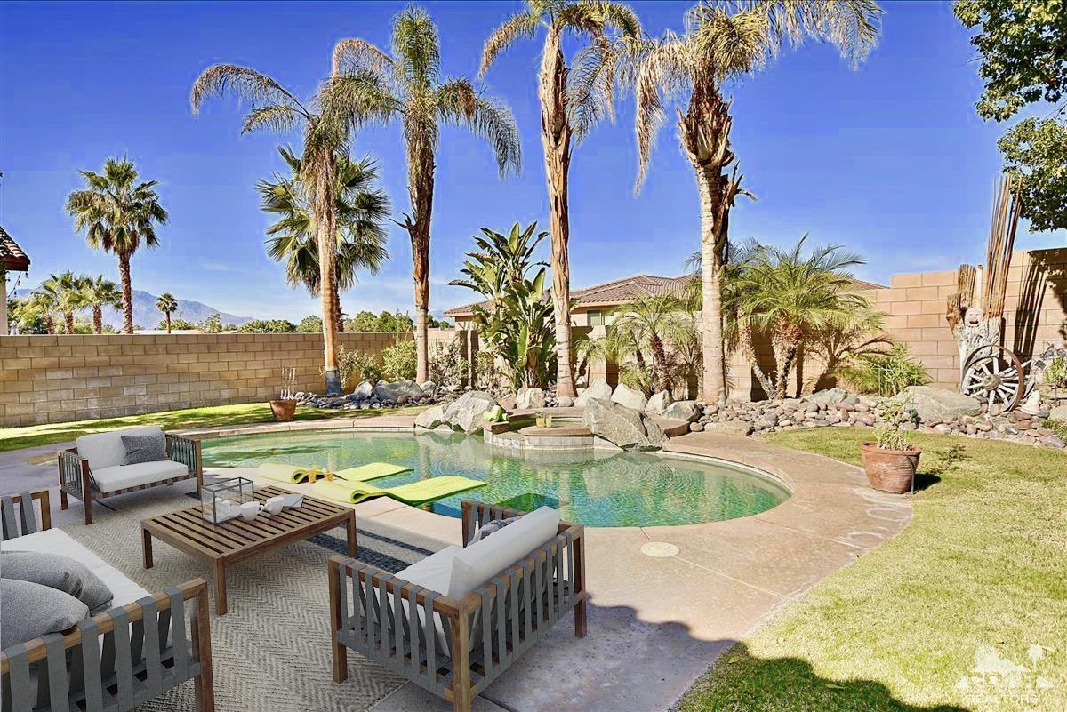 8 Tucson Circle, Palm Desert