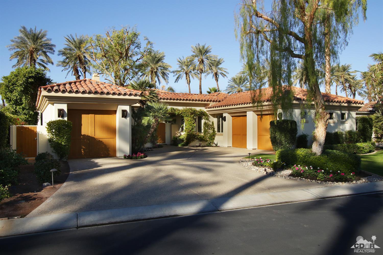 56685 Village Drive, La Quinta