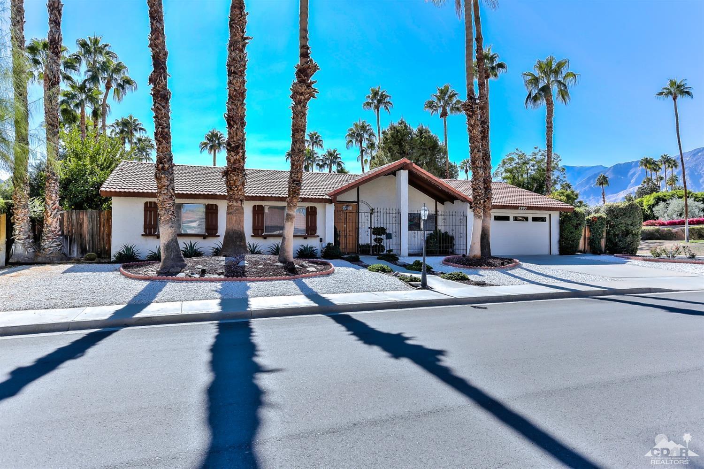 2903 Alta Loma Drive East, Palm Springs