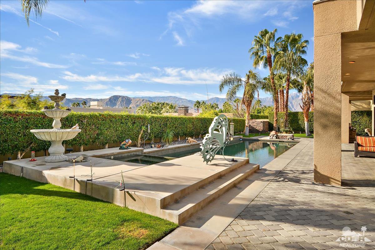 24 Ambassador Circle, Rancho Mirage