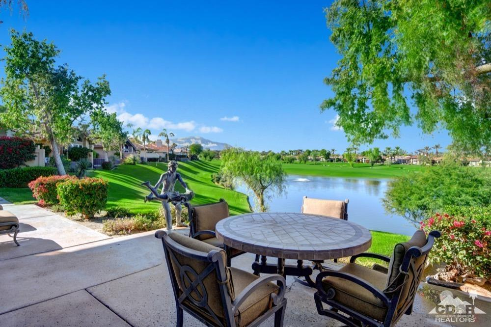 930 Deer Haven Circle, Palm Desert