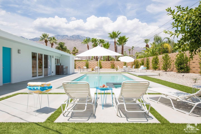 2270 Park Drive E, Palm Springs