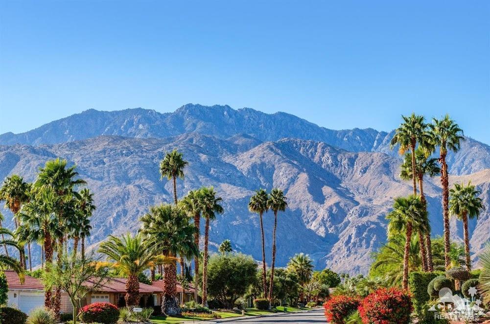 2565 Cheryl Lane, Palm Springs