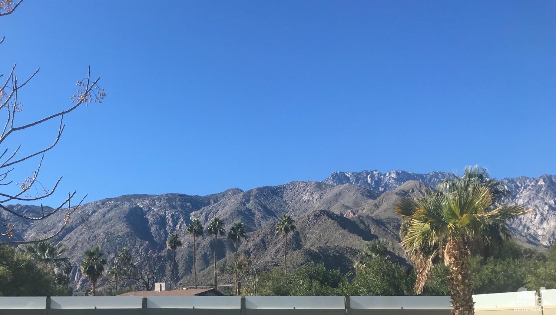 2280 Girasol Avenue N, Palm Springs
