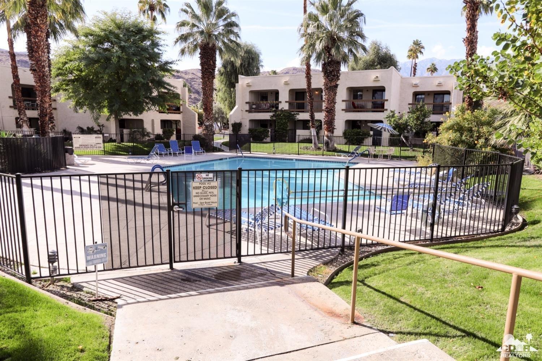 5300 Waverly Drive E F16, Palm Springs