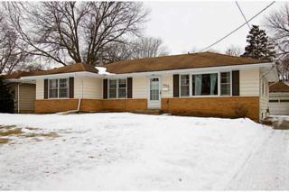 4024  Manor Lane  , Des Moines, IA 50310 (MLS #449703) :: Pennie Carroll & Associates