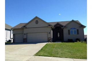 6811  Mark Twain Court  , Johnston, IA 50131 (MLS #455160) :: Pennie Carroll & Associates