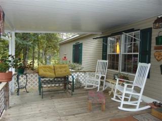 1075  Juniper Lake Drive  , Defuniak Springs, FL 32433 (MLS #715302) :: Scenic Sotheby's International Realty