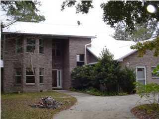 38  Lauray Court  , Freeport, FL 32439 (MLS #714022) :: ResortQuest Real Estate
