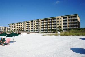 590  Santa Rosa Boulevard  Unit 205, Fort Walton Beach, FL 32548 (MLS #718609) :: Scenic Sotheby's International Realty