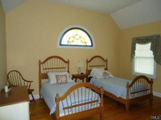 38  Bunker Hill Circle  38, Shelton, CT 06484 (MLS #99100681) :: The CT Home Finder at Keller Williams