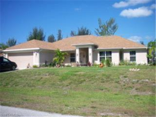828 SW 14th Pl  , Cape Coral, FL 33991 (MLS #214042502) :: American Brokers Realty Group
