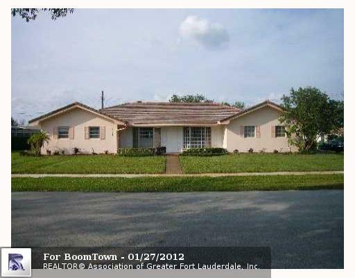 7221 5TH CT - Photo 1