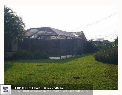 7221 5TH CT - Photo 5