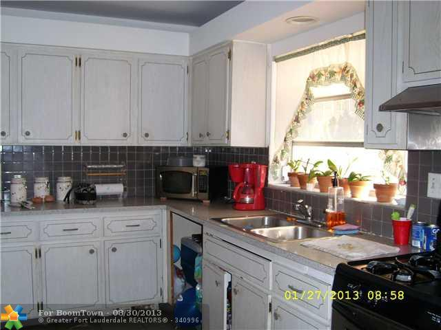 2342 Mckinley St - Photo 7
