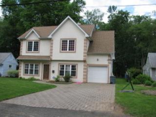 81  Delmore Ave  , Berkeley Heights Twp., NJ 07922 (MLS #3180442) :: The Dekanski Home Selling Team