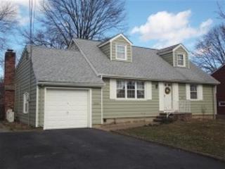 144  Gertrude St  , Clark Twp., NJ 07066 (MLS #3190953) :: The Dekanski Home Selling Team