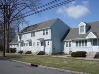 33  School St  , Clark Twp., NJ 07066 (MLS #3214163) :: The Dekanski Home Selling Team