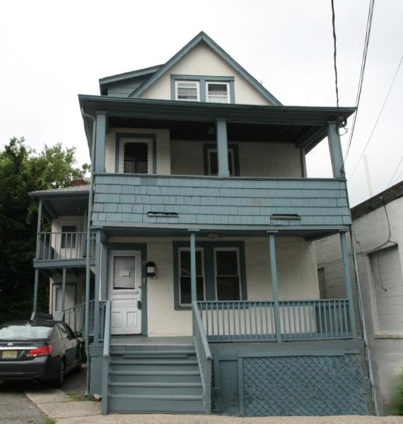 6 Lackawanna Pl - Photo 2